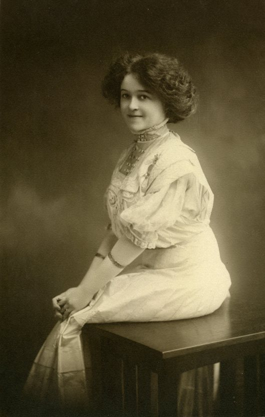 Elsie May Walton - born May 8, 1889
