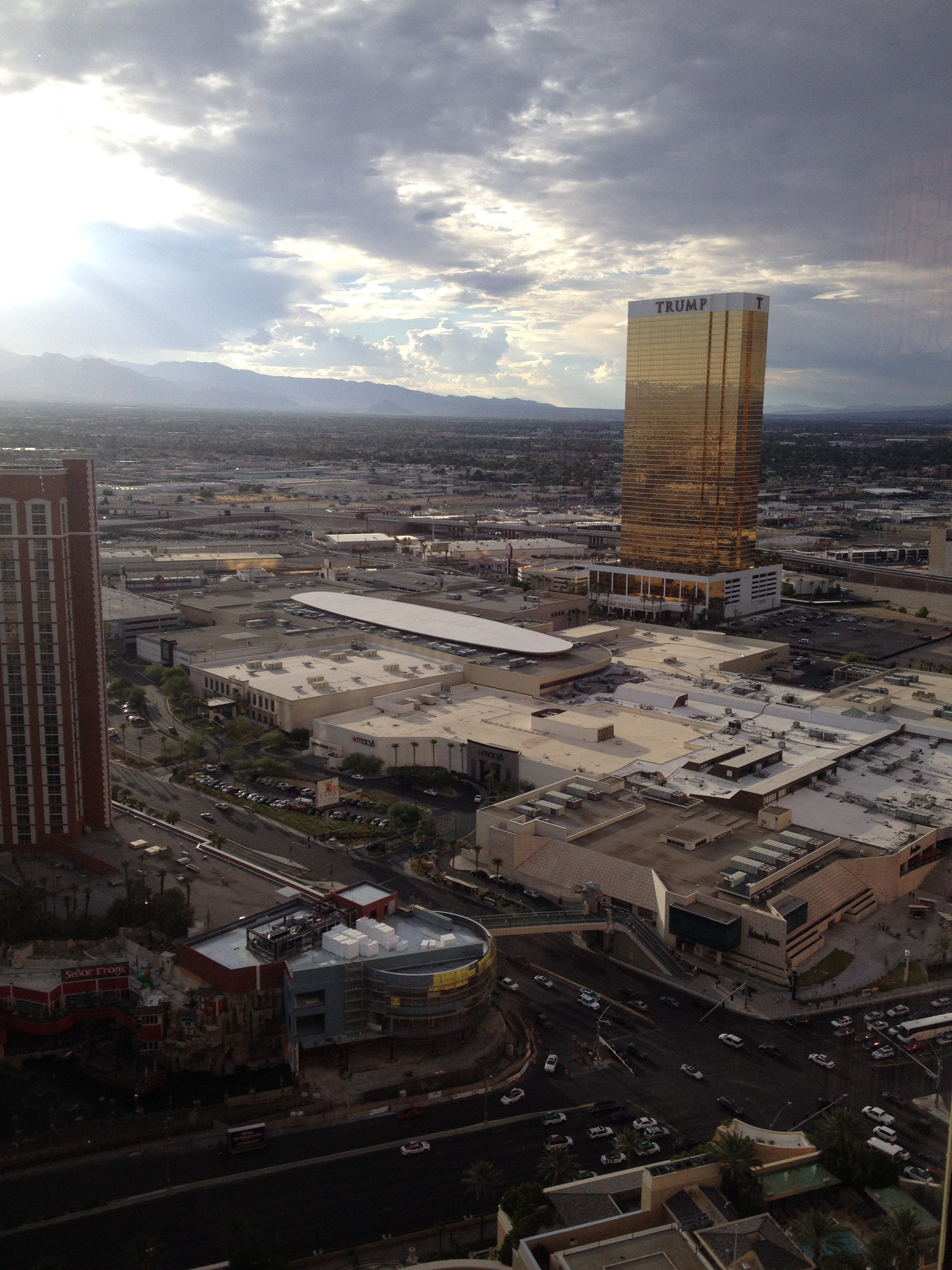 Superieur I Recently Had To Spend Five Days In Las Vegas. Five Days And Four Nights  Too Many. Despite Living Just A Four Hour Drive Away For Most Of My Life,  ...